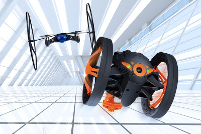 Image du Jumping Sumo et du Mini Drone de Parrot